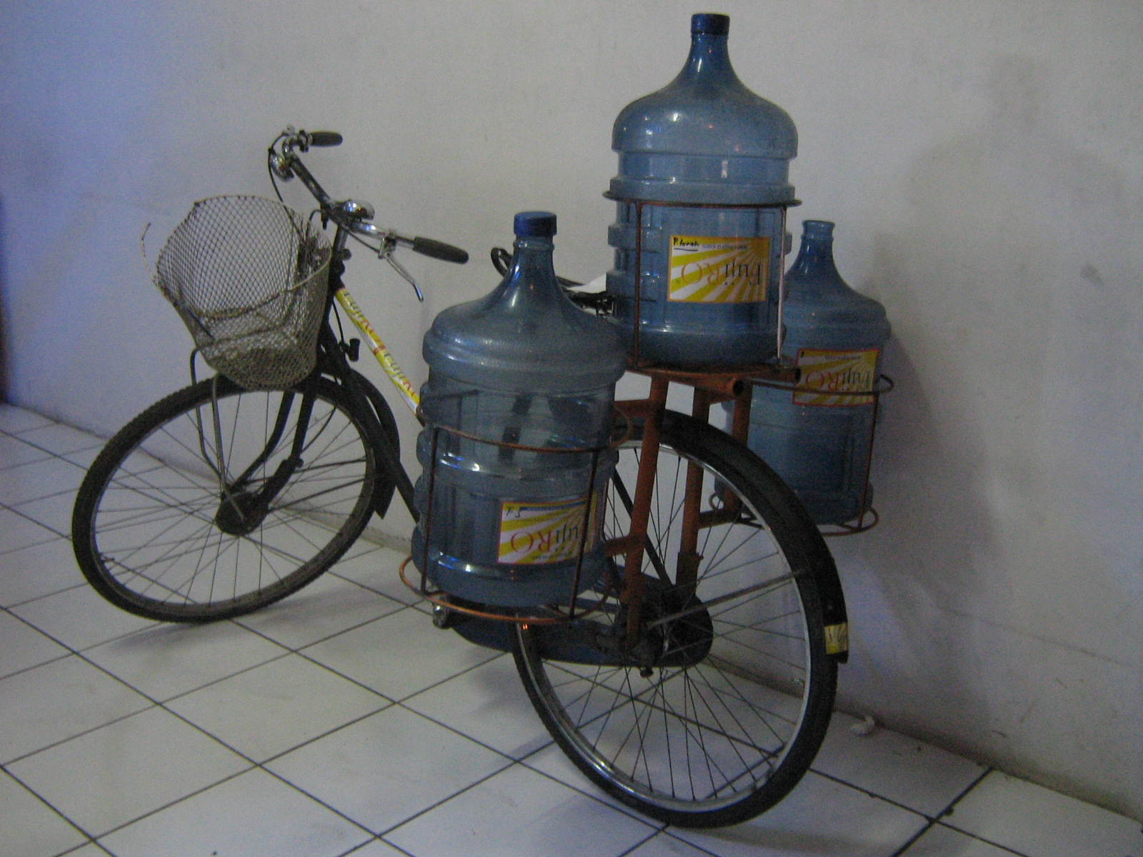 Sukses Bisnis Air Minum Fujiro Bukan Biasa Tissue Galon Img06